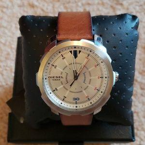 Diesel Machinus silver dial brown leather watch